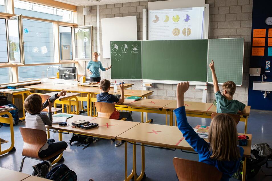 Wann wird in Sachsen der Unterricht unter Corona-Bedingungen wieder aufgenommen?