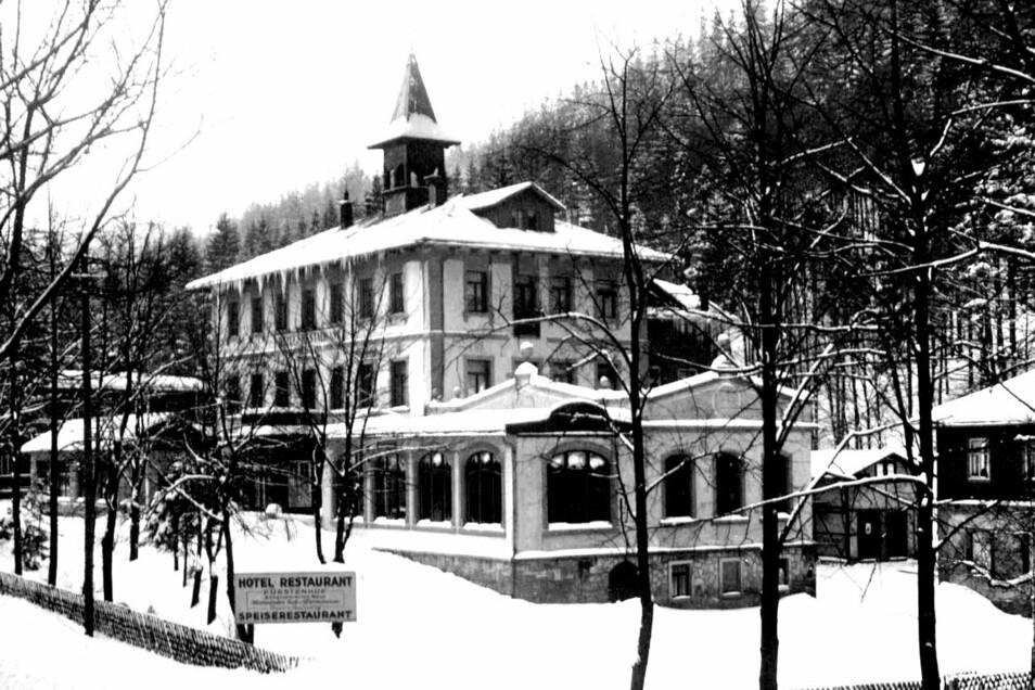 Der Fürstenhof im Winter