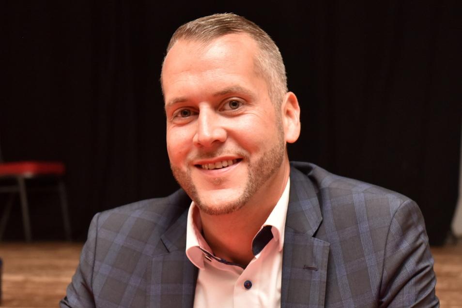 Sven Gleißberg (38) arbeitet bei der Ostsächsischen Sparkasse Dresden und ist dort seit fünf Jahren Personalratsvorstand. Zudem arbeitet er im Verwaltungsrat mit. Der Schlottwitzer hat drei Kinder.