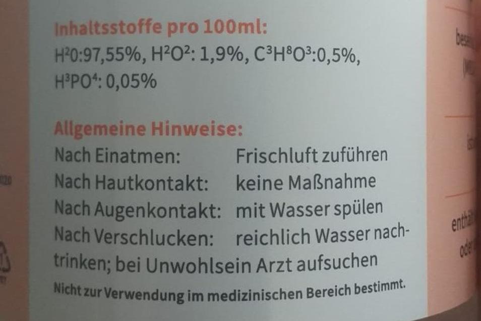 """Die """"Desinfektion"""" besteht ganz überwiegend aus Wasser (H2O) und zu winzigen Teilen aus Wasserstoffperoxid (H2O2) und Glycerin (C3H8O3)."""