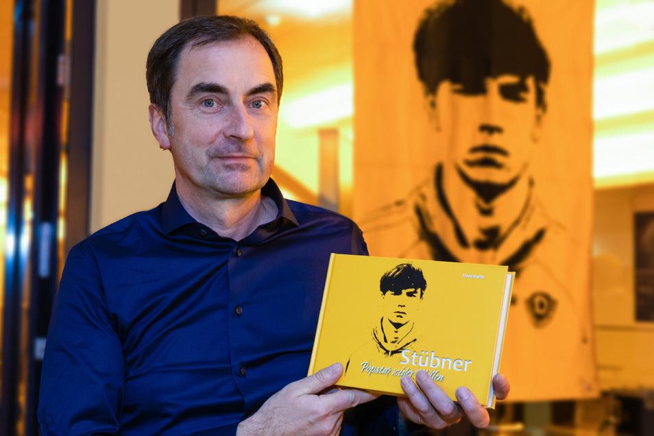 Buch-Autor und Journalist Uwe Karte, 53 Jahre, hat gemeinsam mit Jörg Stübner vier Jahre lang an einer Biografie gearbeitet, die ein Stück Zeitgeschichte ist.