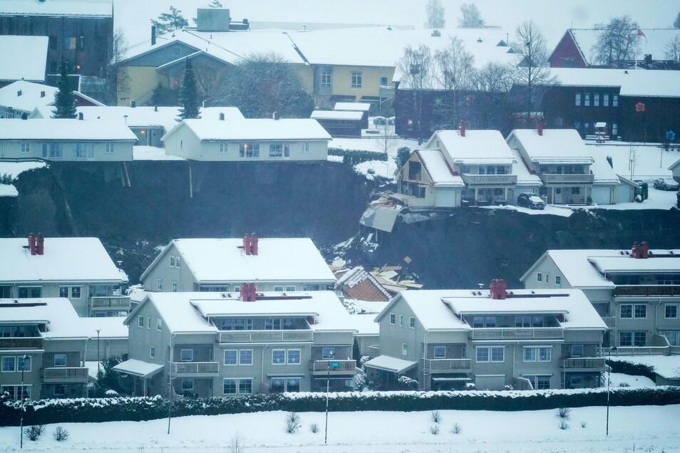 Zahlreiche Häuser wurden beschädigt.