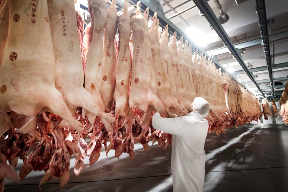 Bei der Virenverbreitung im Fleischunternehmen Tönnies gilt die die Luftumwälzung als mögliche Ursache.