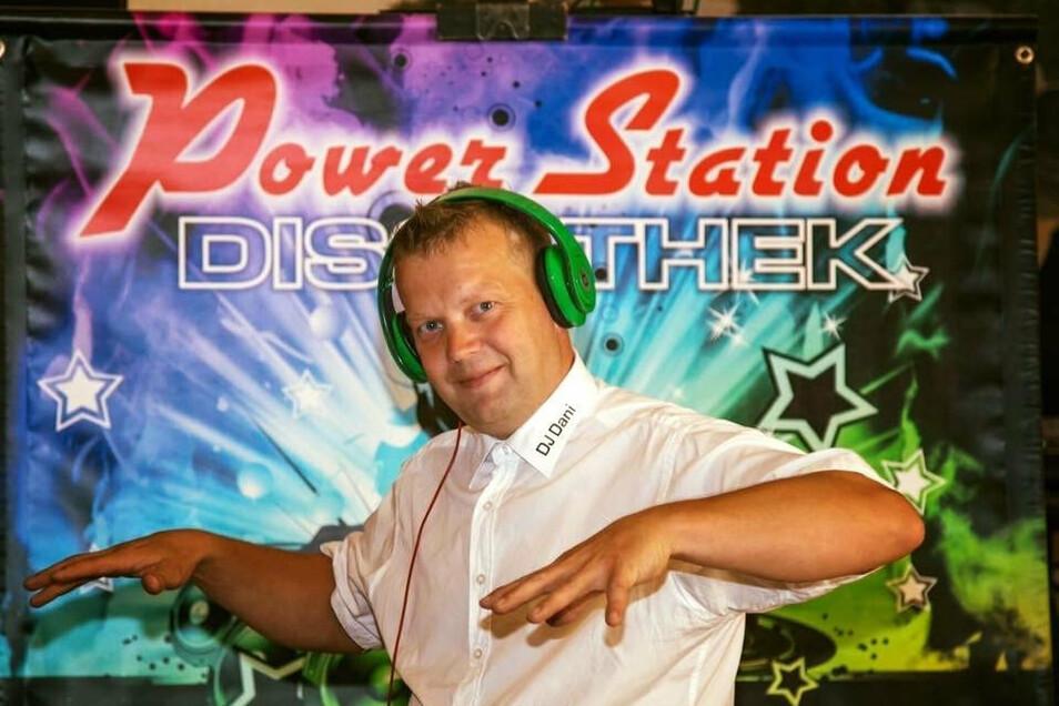 Daniel Wehner kann es kaum erwarten, mit seiner Power Station Diskothek wieder für gute Laune beim Publikum zu sorgen.