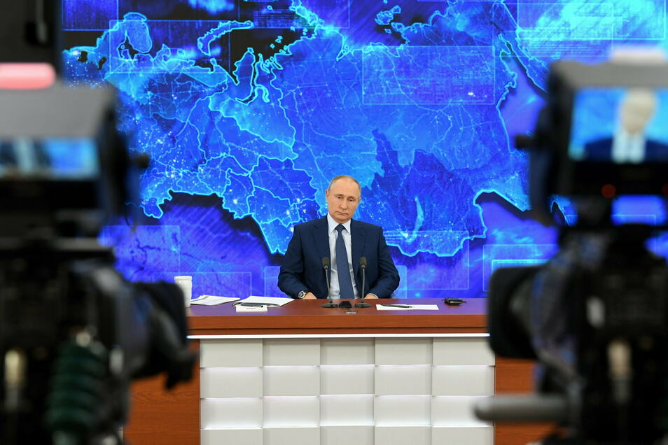 Russlands Präsident Wladimir Putin bestreitet eine Beteiligung Russlands am Giftanschlag auf Kremlkritiker Alexej Nawalny.
