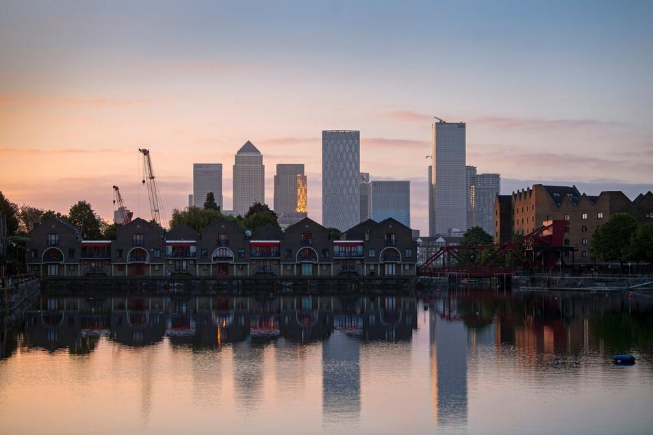 Blick auf das Finanz- und Geschäftsviertel Canary Wharf im Osten Londons: Am 30. Juni endet die Antragsfrist für das sogenannte EU Settlement-Programm.