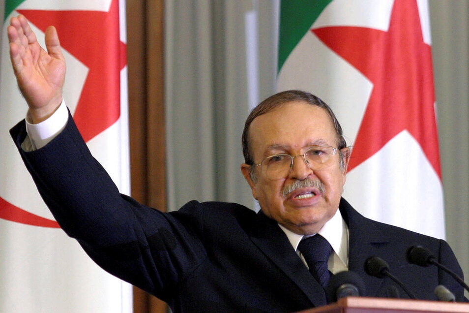 Abdelaziz Bouteflika ist in der Nacht zu Samstag im Alter von 84 Jahren gestorben.