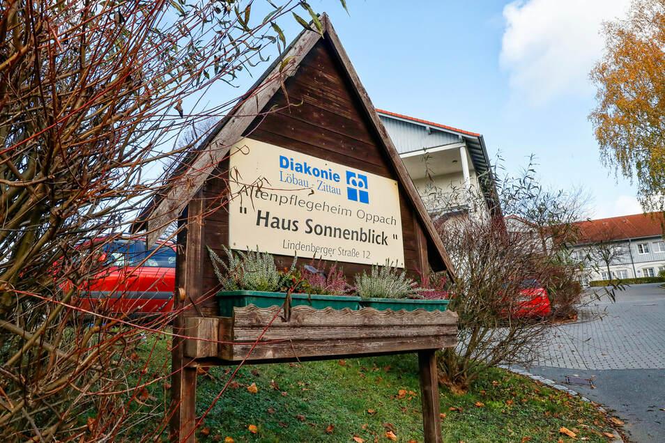 Stille überm Haus Sonnenblick: Das Pflegeheim in Oppach steht unter Quarantäne.