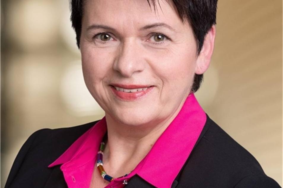 Iris Firmenich  Die 56-Jährige kommt aus Burgstädt und ist Diplom-Agraringenieurökonomin. Seit 1999 ist sie CDU-Landtagsabgeordnete.