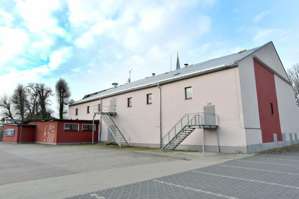 """Bleibt der Saal von """"Stadt Zittau"""" stehen oder nicht - das wird in Ebersbach-Neugersdorf diskutiert."""