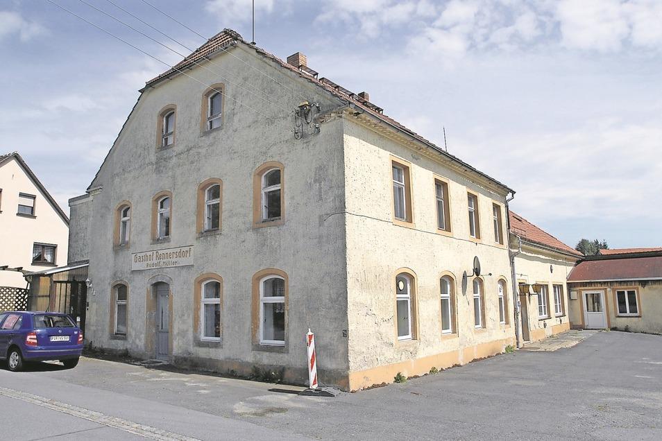 Der alte Gasthof mit im Ort soll erhalten bleiben.