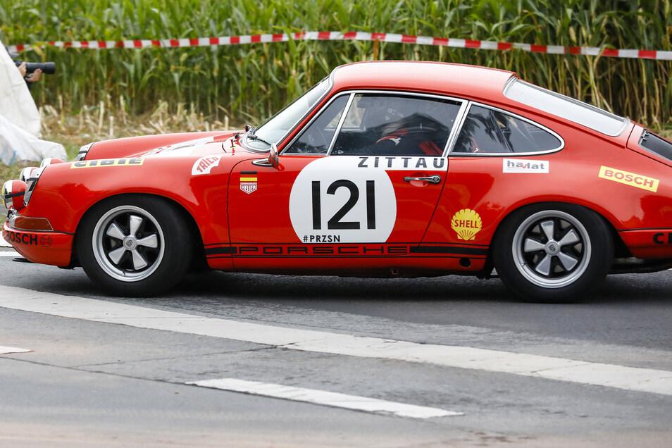 Sonderlauf: David Havlat aus Großschönau im Porsche 911 Cup mit 3.800 ccm..