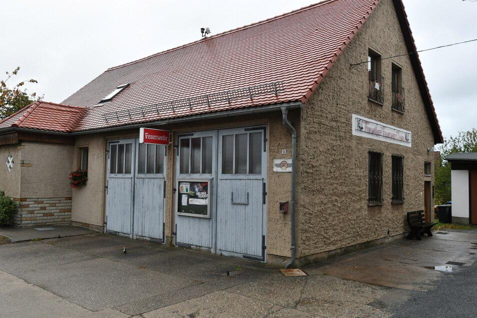 Immer wieder wurden die Kameraden der Feuerwehr in Dobra vertröstet. In diesem Jahr wird ihr neues Gerätehaus geplant. Ein Hoffnungsschimmer.