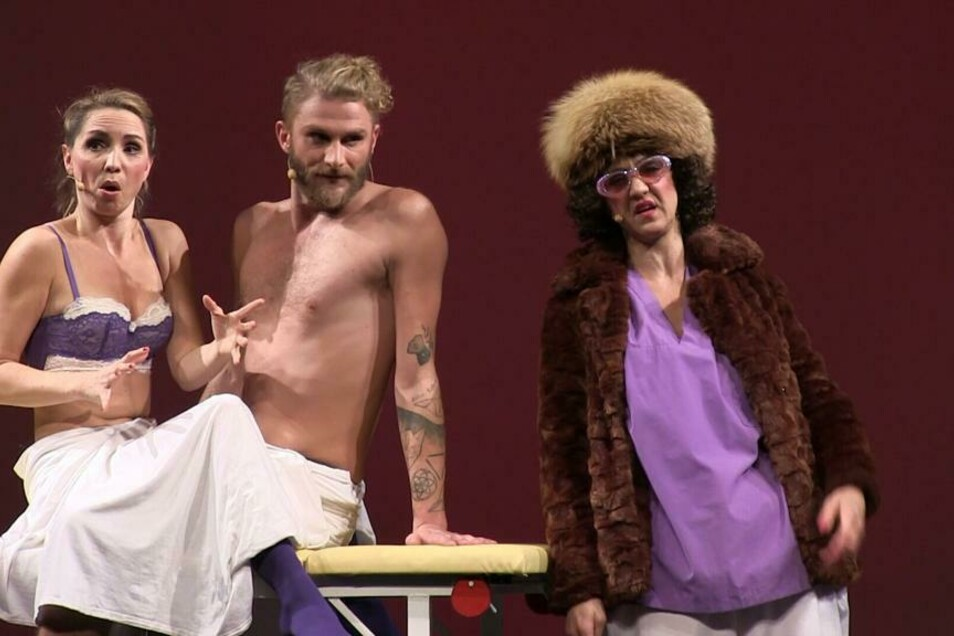 """Mit """"Festgepoppt - Das verklemmte Musical"""" ist der Berliner Flowcircus in Dresden zu Gast."""