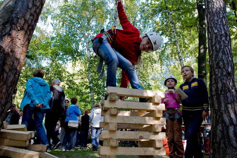 Bei den Abenteuercamps in Deutschbaselitz sollen Kinder und Jugendliche in diesem Sommer wieder auf ihre Kosten kommen.