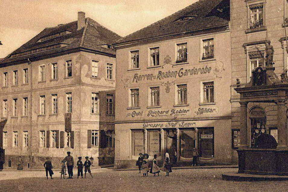 Die historische Ansichtskarte zeigt den Kamenzer Markt um 1900.