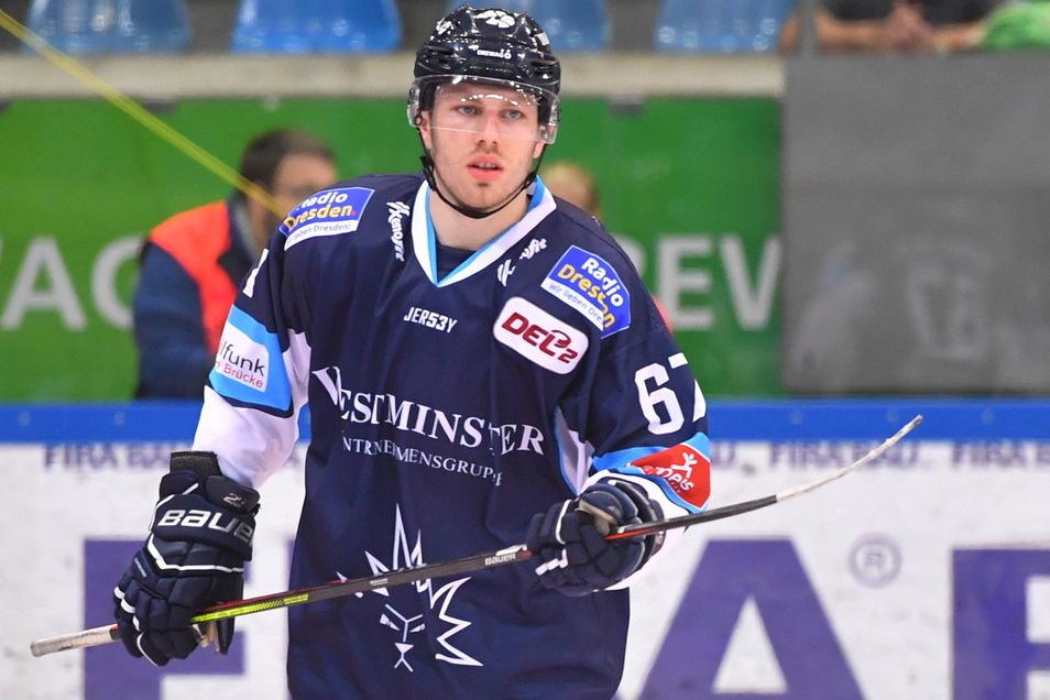Stürmer Tom Knobloch geht in seine vierte Saison als Eislöwen-Profi.