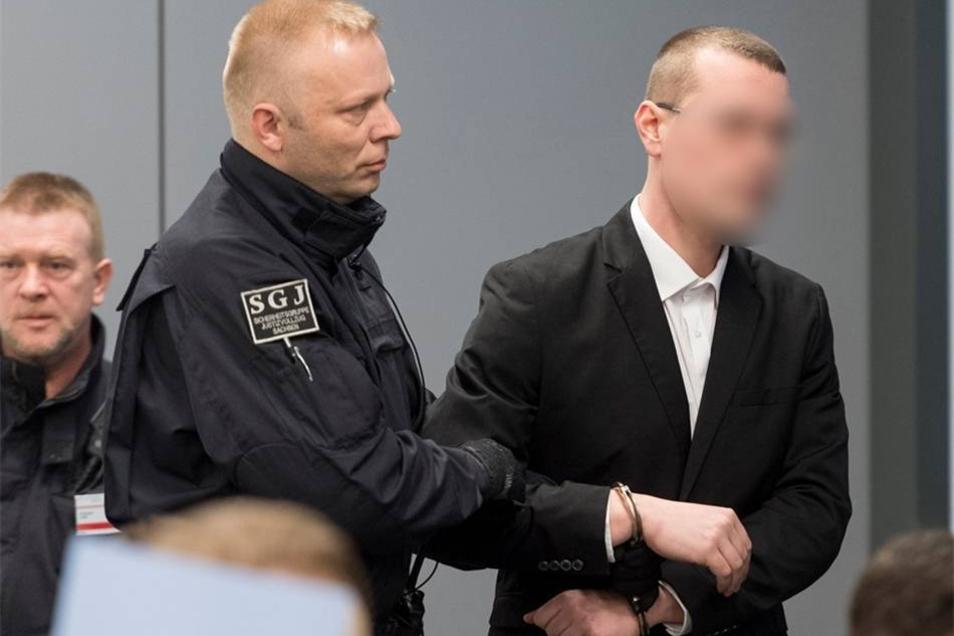 Philipp W., 30 Jahre alt, gelernter Abwassertechniker, zuletzt BusfahrerPaul Sander
