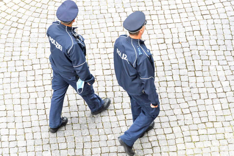 Sachsen wird schon 2023 1.000 neue Polizisten zur Verfügung haben.