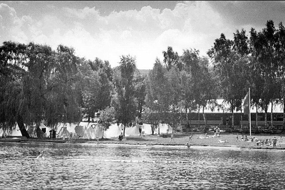 Die heutige Jugendherberge geht auf eine Zeltjugendherberge die im Jahr 1965 eröffnet und lange Jahre von Karl-Heinz und Gisela Nitzschke geleitet wurde.