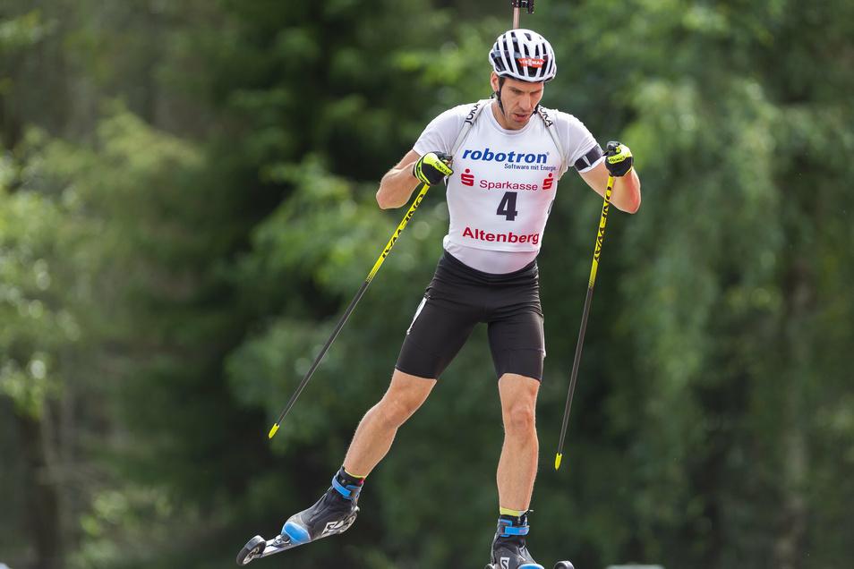 Bei den deutschen Meisterschaften in Altenberg schaffte es Arnd Peiffer in keinem der drei Rennen aufs Podium. Aufgrund seiner Erfolge muss er sich aber nicht für die ersten drei Weltcup-Stationen qualifizieren.
