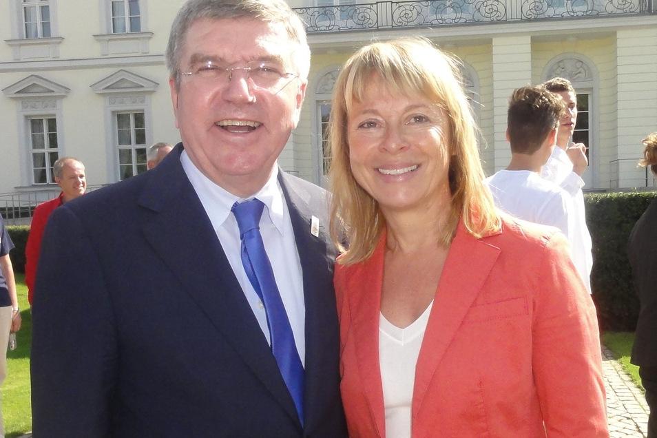 Petra Tzschoppe beschäftigt sich an der Uni Leipzig seit vielen Jahren mit dem Ost-West-Gefälle im deutschen Sport. Als Vizepräsidentin des Deutschen Olympischen Sportbundes trifft sie auch mal den IOC-Präsidenten Thomas Bach.