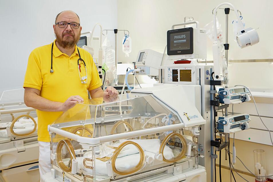 Bautzens Kinderklinik hat zum wiederholten Mal ein Gütesiegel verliehen bekommen. Das freut Chefarzt Ulf Winkler.
