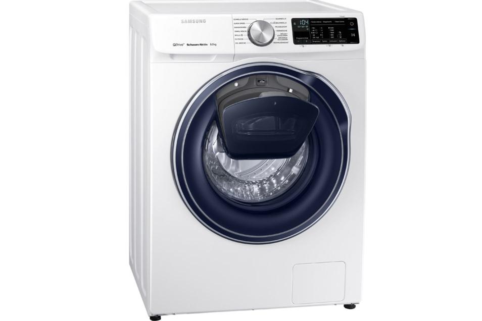 Wäsche rein und los gehts. Die WW6800 sucht das passende Programm aus