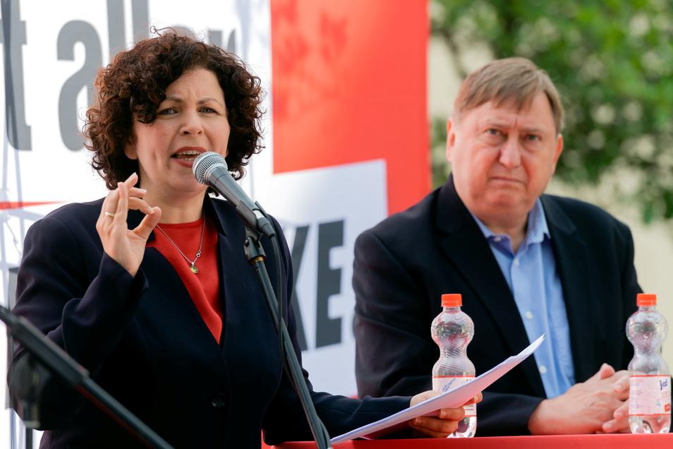 Die Fraktionsvorsitzende der Linken im Bundestag, Amira Mohamed Ali, und Bundestagsabgeordneter André Hahn tourten zwei Tage lang durch den Landkreis.
