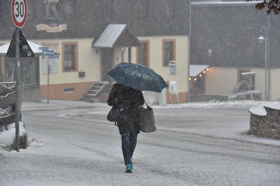 Ein klein wenig Schnee hatte der November auch in Altenberg schon zu bieten. Doch gemessen daran, wie es in anderen Jahren mitunter zuging, war das fast nichts.