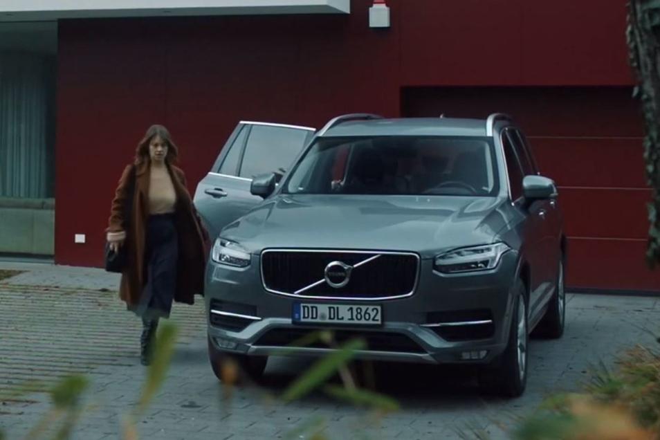 """Der Volvo der Verdächtigen war im Dresden-Tatort """"Nemesis"""" oft zu sehen."""