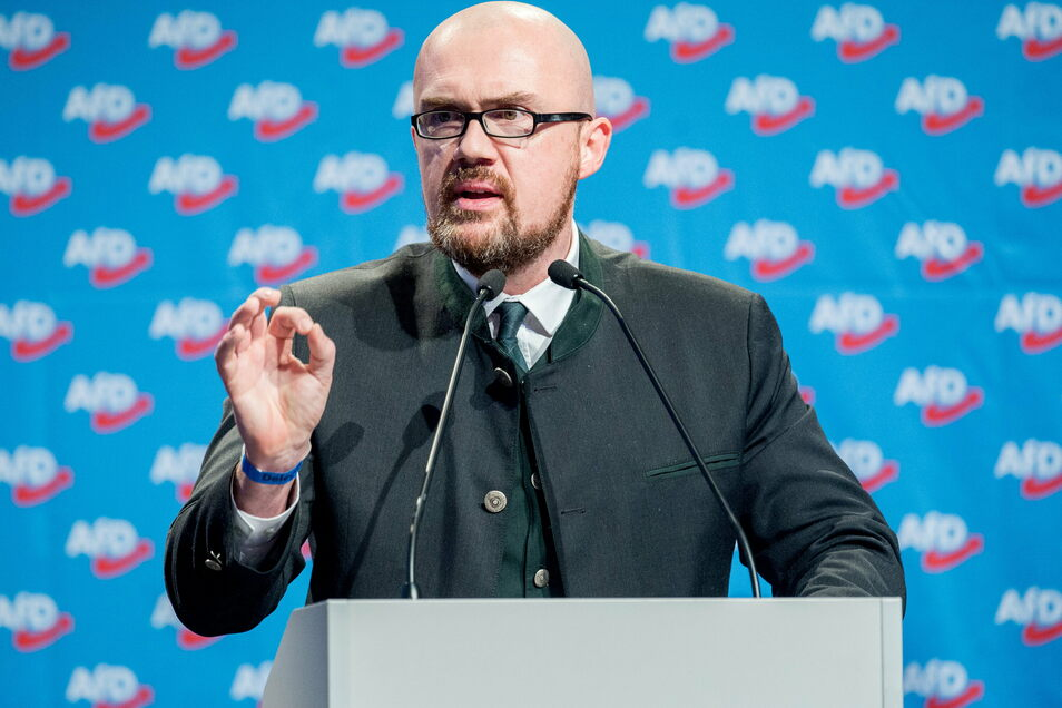 AfD-Landesvize Hans-Thomas Tillschneider ist vom Verfassungsschutz als Rechtsextremist eingestuft, unter anderem, weil er enge Kontakte zur Identitären Bewegung unterhält.