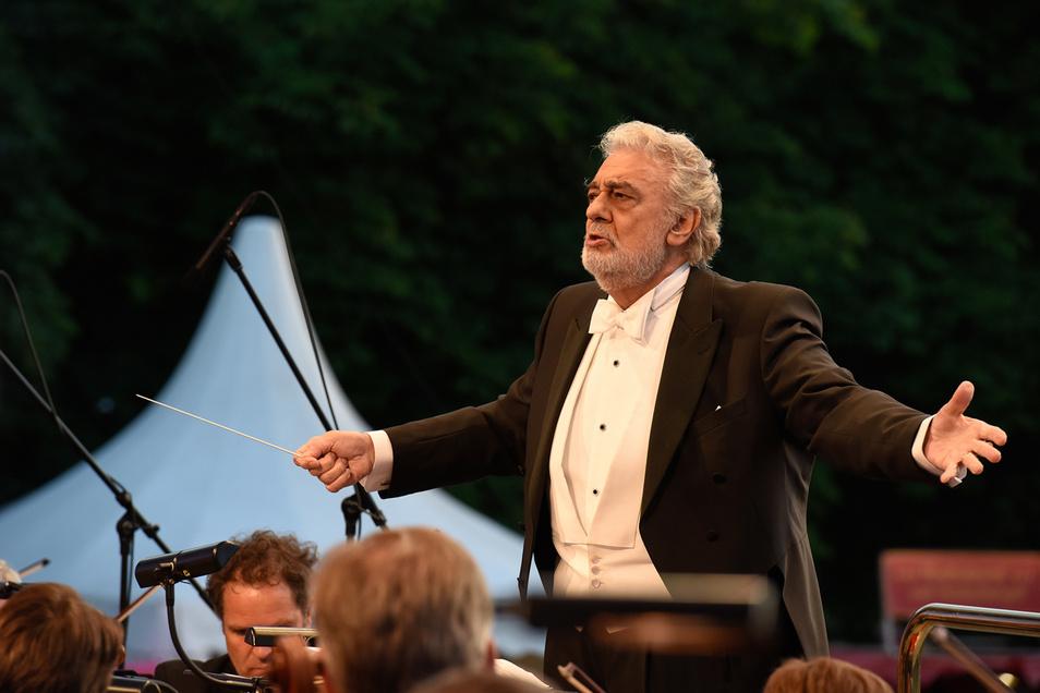 "Plácido Domingo dirigierte  2017 das ""Klassik picknickt""-Konzert der Staatskapelle. Damals war das Konzert ausverkauft."