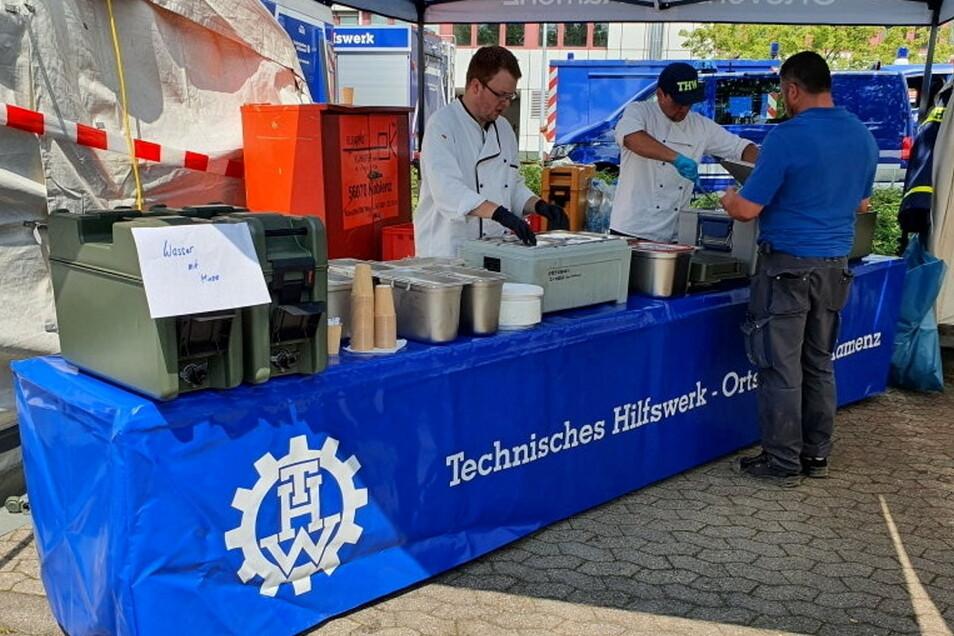 Kamenzer THW-Helfer sind derzeit im Katastrophengebiet in Rheinland-Pfalz im Einsatz - sie verpflegen dort andere Einsatzkräfte.