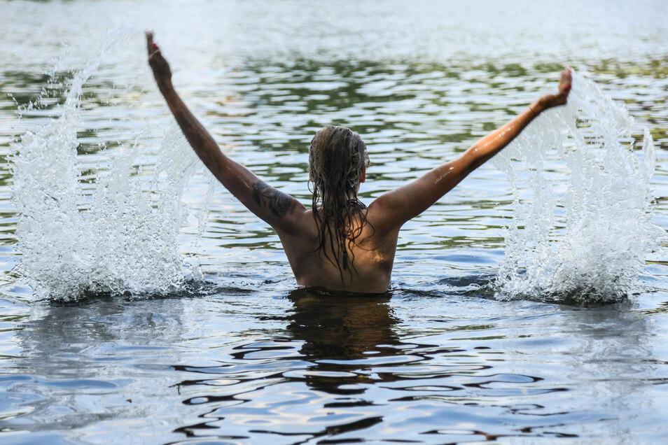 Abkühlung im Wasser ist bei Hitze natürlich großartig - nur eben sind Meer, See oder Freibad nicht immer in der Nähe.