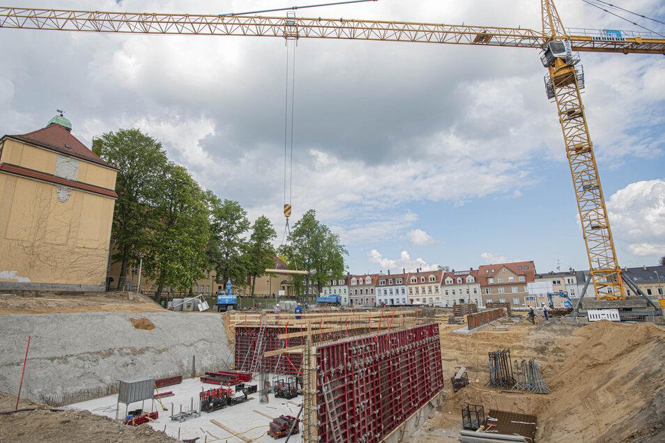 Die größte Baustelle in Kamenz: Hier entsteht der neue Schul-Campus fürs Gymnasium.