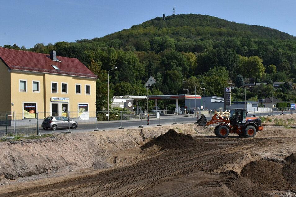 Nach dem Abriss der ehemaligen Lederfabrik wird der mit Altlasten verunreinigte Boden ausgetauscht.