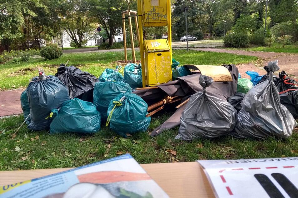 Der Park am Bleichgässchen in der Altstadt war einer der Punkte, an dem man sich leere Müllsäcke holen und sie dann gefüllt zurückbringen konnte.