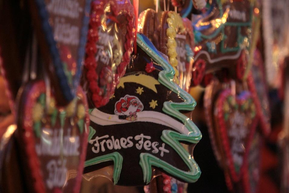 Stände mit Pfefferkuchen gehören zu den meisten Weihnachtsmärkten.