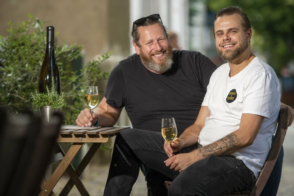 Auf ein Gläschen! Marcel Kube, bisher Küchenchef des Restaurants Atelier Sanssouci in der Villa Sorgenfrei, ist jetzt bei Matthias Gräfe anzutreffen.