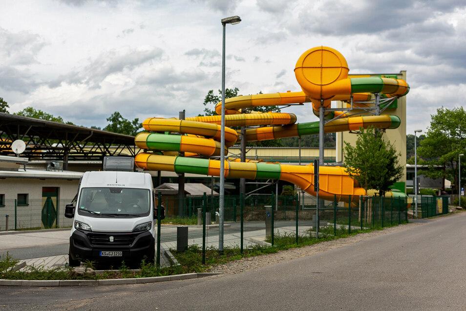 Das Hains in Freital schließt. Unklar ist noch, was mit dem Schwimmsport für die Schüler wird.