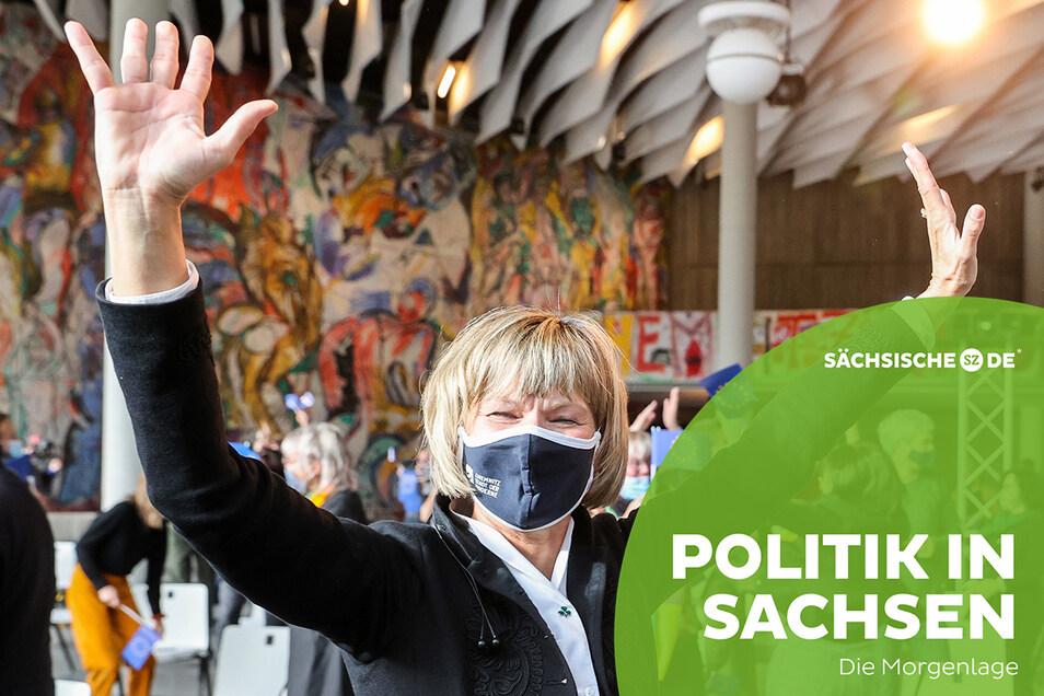 Barbara Ludwig, Oberbürgermeisterin von Chemnitz, jubelt nach der Bekanntgabe der europäischen Kulturhauptstadt.