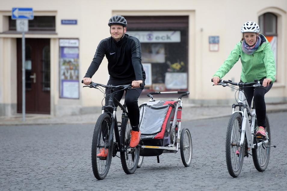 Familie Neumann aus Zittau mag es sportlich. Mit den Rädern waren sie am Osterwochenende unterwegs nach Mittelherwigsdorf. Die kühlen Temperaturen am Sonnabend haben sie nicht davon abgehalten.