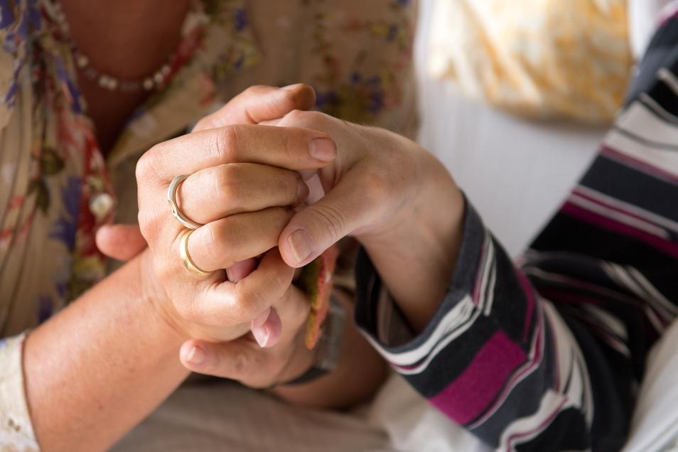 Ärzte in Sachsen dürfen jetzt Sterbehilfe leisten.