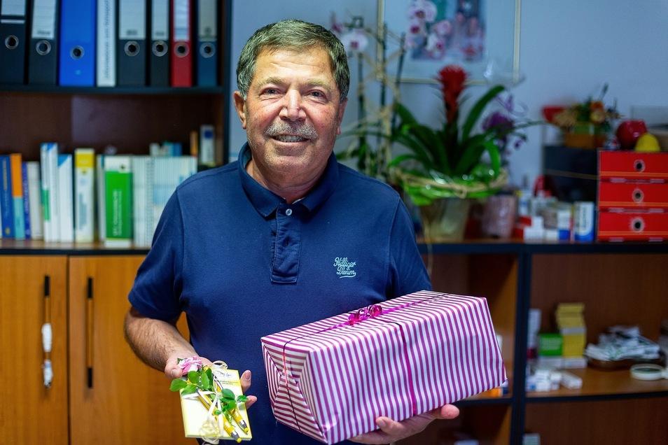 Nicht nur Hassan Borghol fällt der Abschied schwer, auch vielen Patienten, die ihn zum Dank beschenkten.