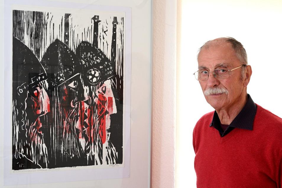 Horst Hoppe im Oktober 2019 mit drei Wikingern im Einnehmerhaus Freital, anlässlich seiner Ausstellung zum 85. Geburtstag.