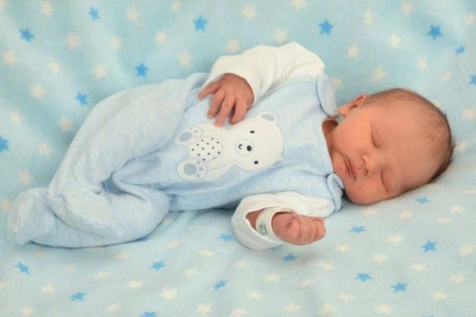 Jaden Wauer;Geboren am 16. Oktober 2020; Geburtsort: Zittau; Gewicht: 3.440 g; Größe: 50 cm; Eltern: Jessica Wauer und Roland Beiler; Wohnort: Zittau