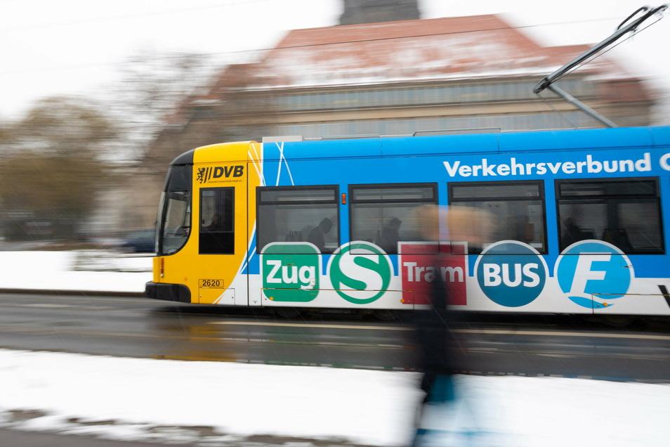 Die Dresdner Verkehrsbetriebe fahren ab Montag häufiger und verweisen dabei auch auf Partnerunternehmen.
