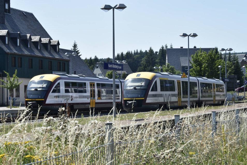 Auch in Altenberg stehen die Züge.