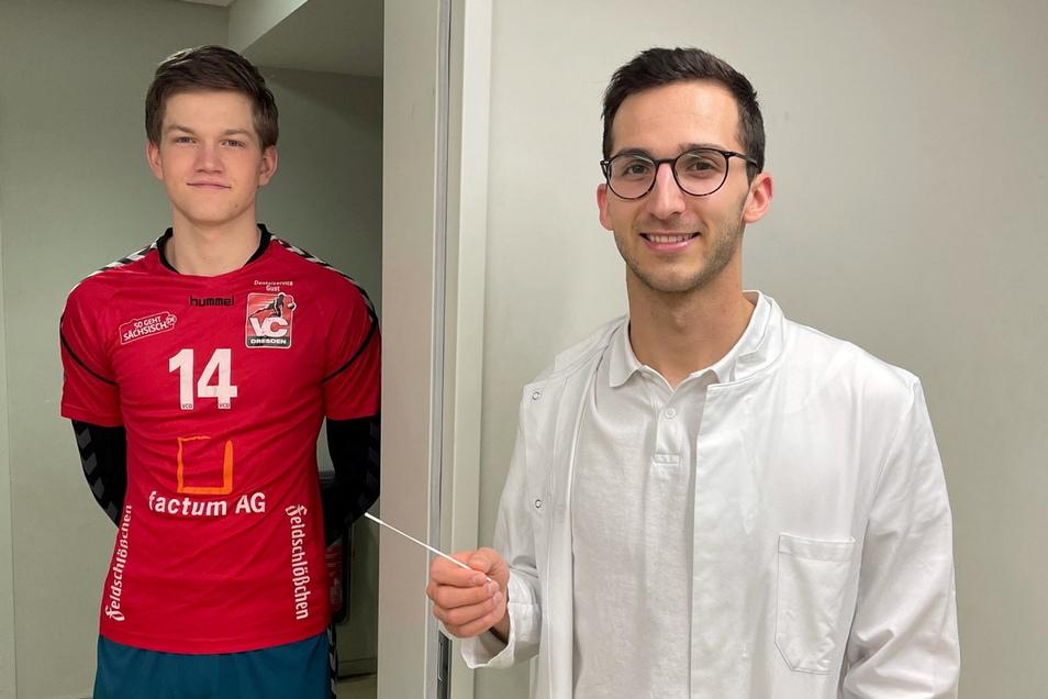 Daniel Nahhas ist Libero beim VC Dresden und bei Auswärtsspielen auch der Mann für den Corona-Test. Gleich ist sein Mitspieler Karl-Lennart Klehm an der Reihe.